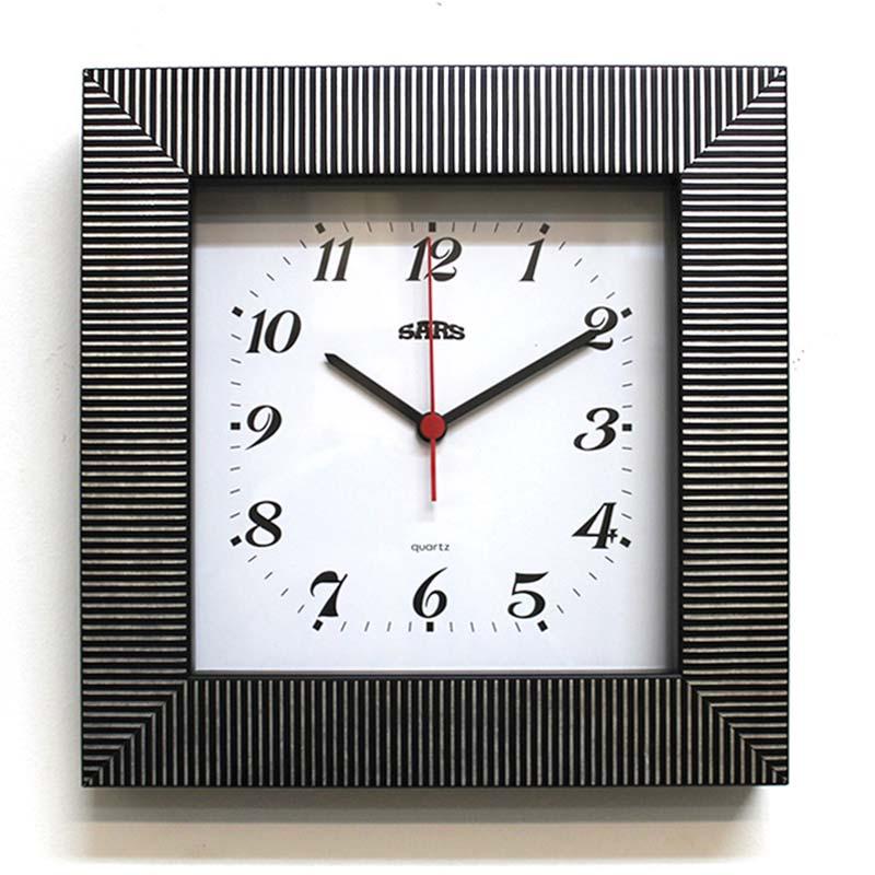 квадратные часы с картинками